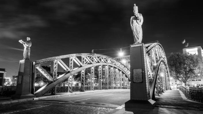Brooksbrücke Hamburg bei Nacht