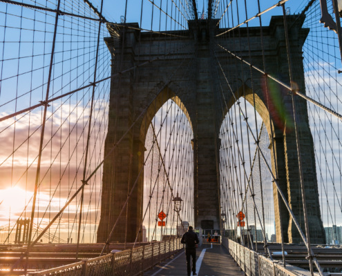 Brooklyn Bridge im Sonnenaufgang, New York City